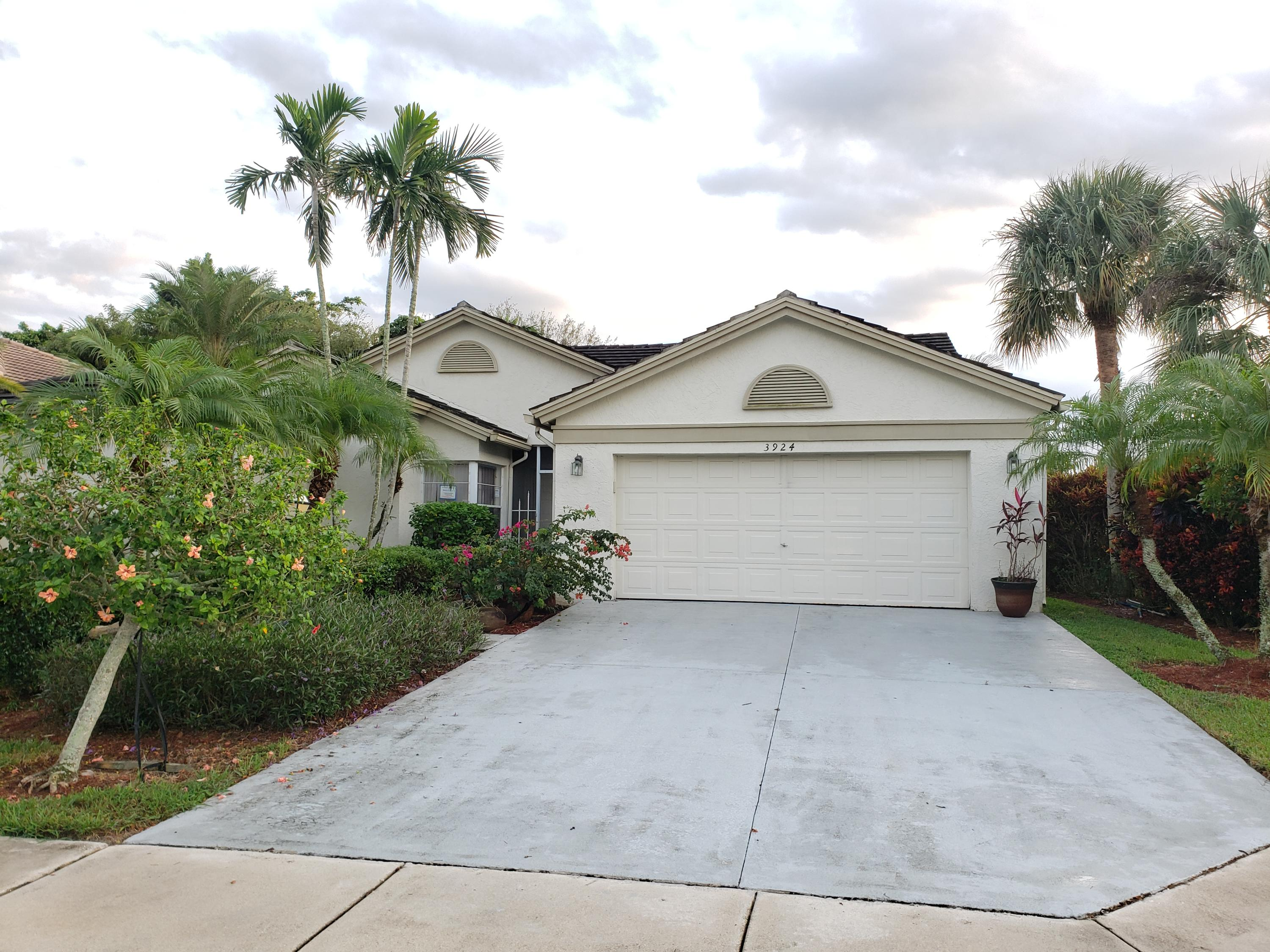 3924 Summer Chase Court Lake Worth, FL 33467