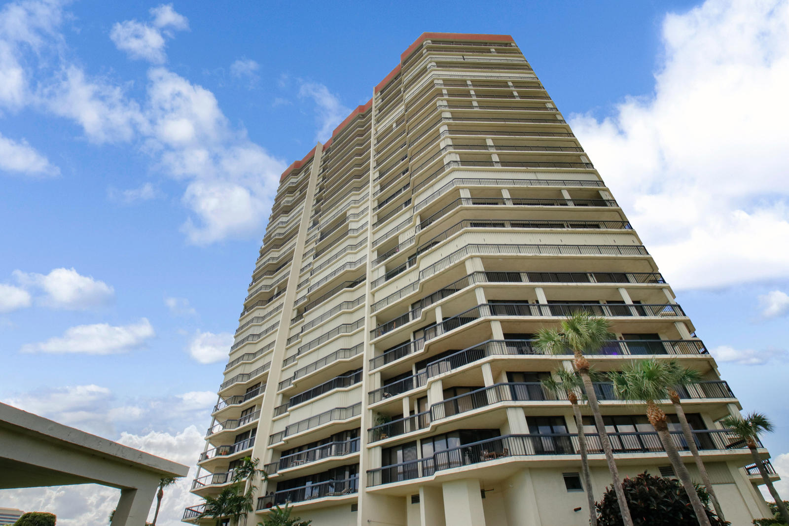 Photo of 1900 Consulate Place #1501, West Palm Beach, FL 33401