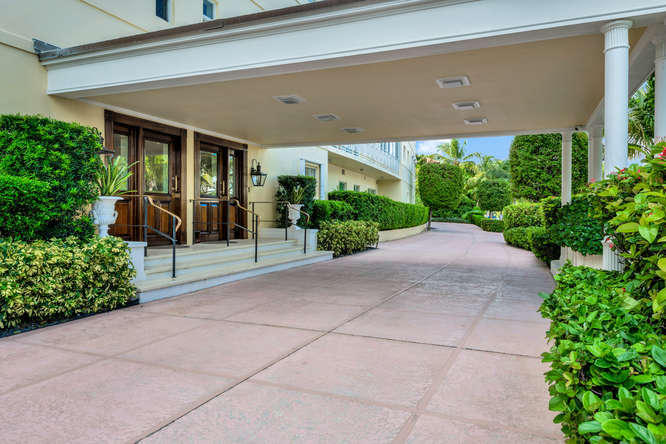 425  Worth Avenue 2b, Palm Beach FL 33480 is listed for sale as MLS Listing RX-10574533 photo #25