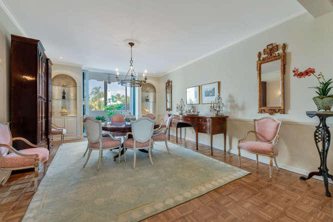 425  Worth Avenue 2b, Palm Beach FL 33480 is listed for sale as MLS Listing RX-10574533 photo #17