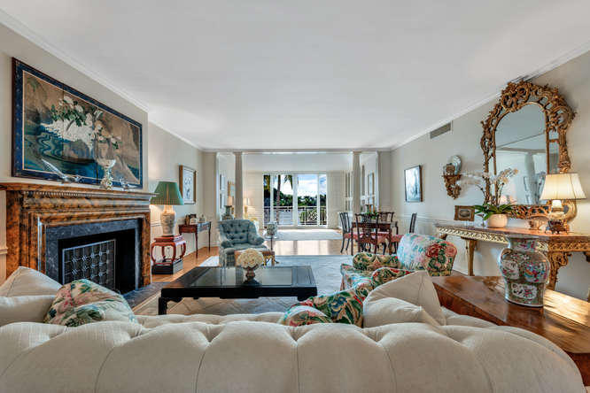 425  Worth Avenue 2b, Palm Beach FL 33480 is listed for sale as MLS Listing RX-10574533 photo #10