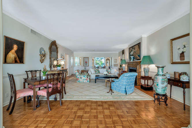 425  Worth Avenue 2b, Palm Beach FL 33480 is listed for sale as MLS Listing RX-10574533 photo #19