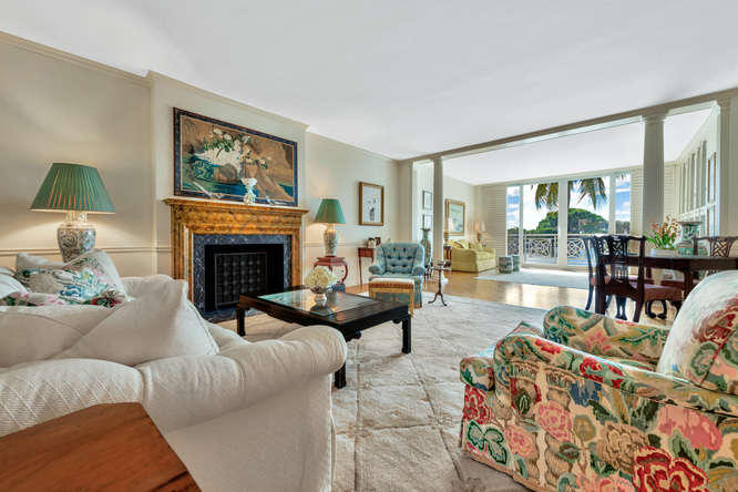 425  Worth Avenue 2b, Palm Beach FL 33480 is listed for sale as MLS Listing RX-10574533 photo #6