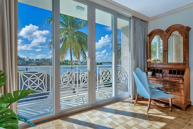 425  Worth Avenue 2b, Palm Beach FL 33480 is listed for sale as MLS Listing RX-10574533 photo #3