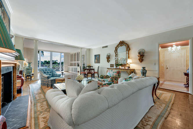 425  Worth Avenue 2b, Palm Beach FL 33480 is listed for sale as MLS Listing RX-10574533 photo #7