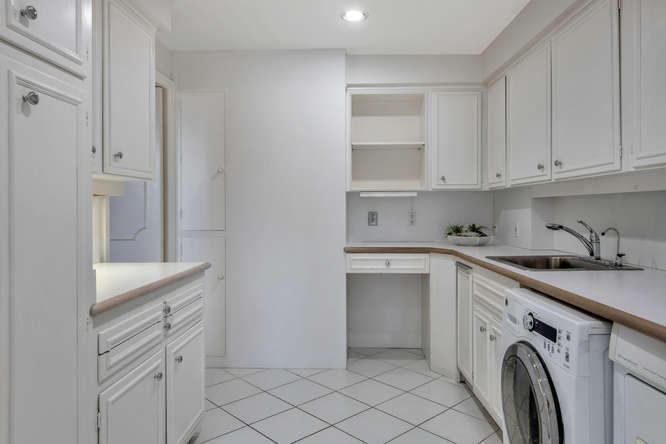 425  Worth Avenue 2b, Palm Beach FL 33480 is listed for sale as MLS Listing RX-10574533 photo #14
