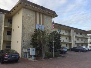 124  Shore Court 205 For Sale 10578500, FL