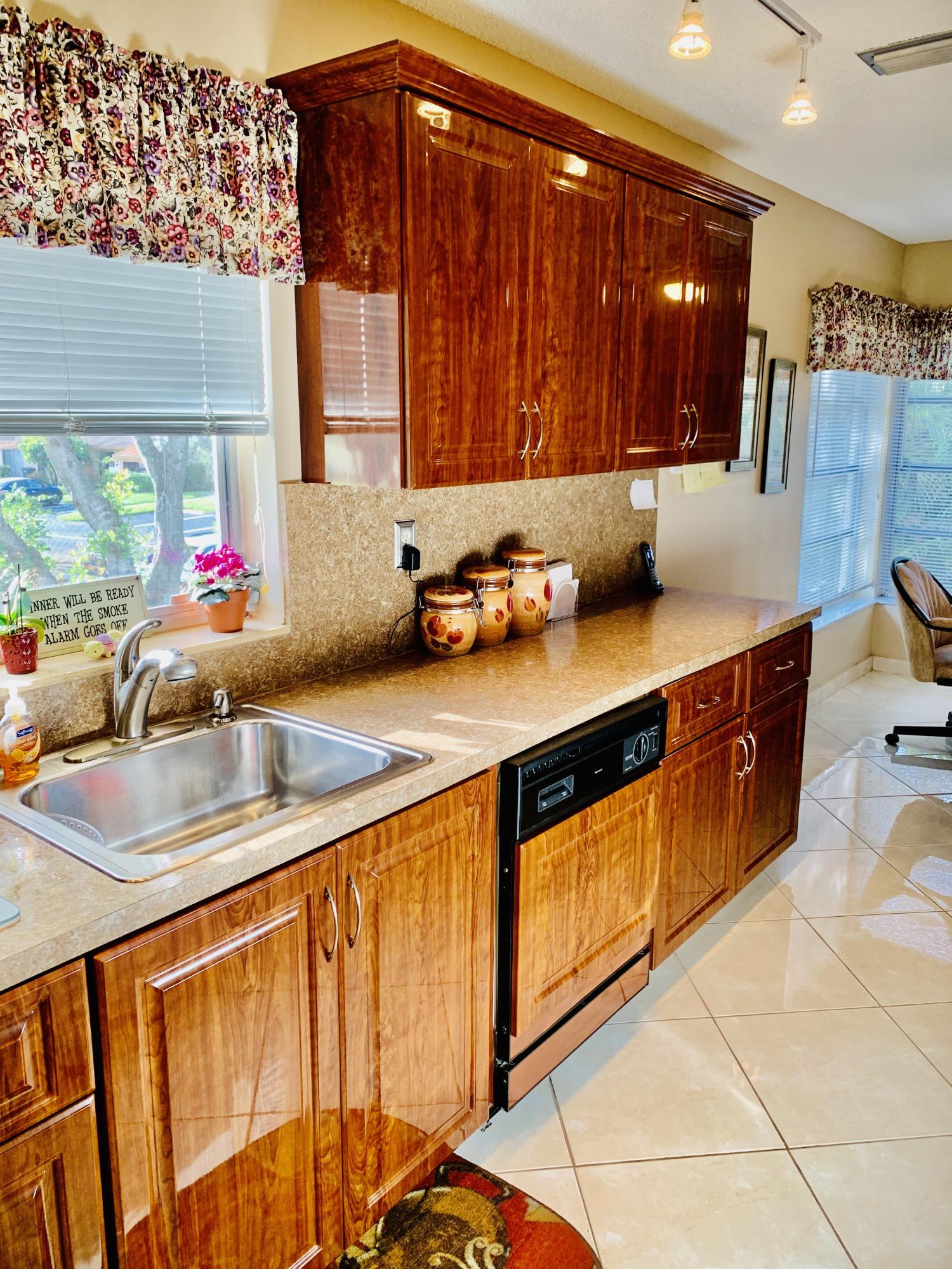 Home for sale in PALM GREENS AT VILLA DEL RAY CONDO Delray Beach Florida