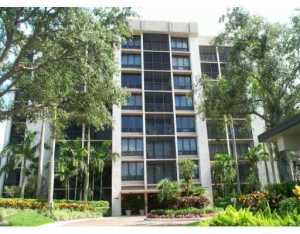7786  Lakeside Boulevard 666 For Sale 10577910, FL
