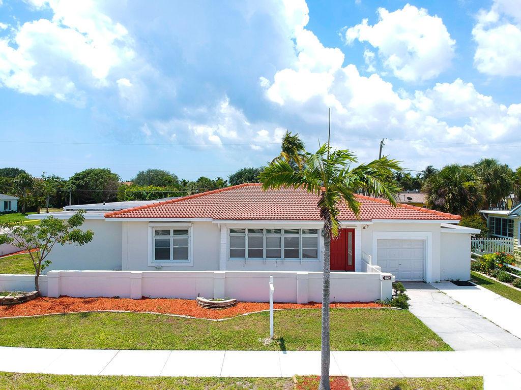 326 Palmetto Street  West Palm Beach FL 33405