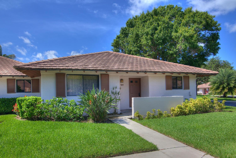 121 Club Drive, Palm Beach Gardens, Florida 33418, 2 Bedrooms Bedrooms, ,2 BathroomsBathrooms,F,Villa,Club,RX-10578030