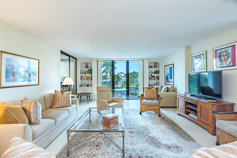 Home for sale in COURT OF DELRAY CONDO Delray Beach Florida