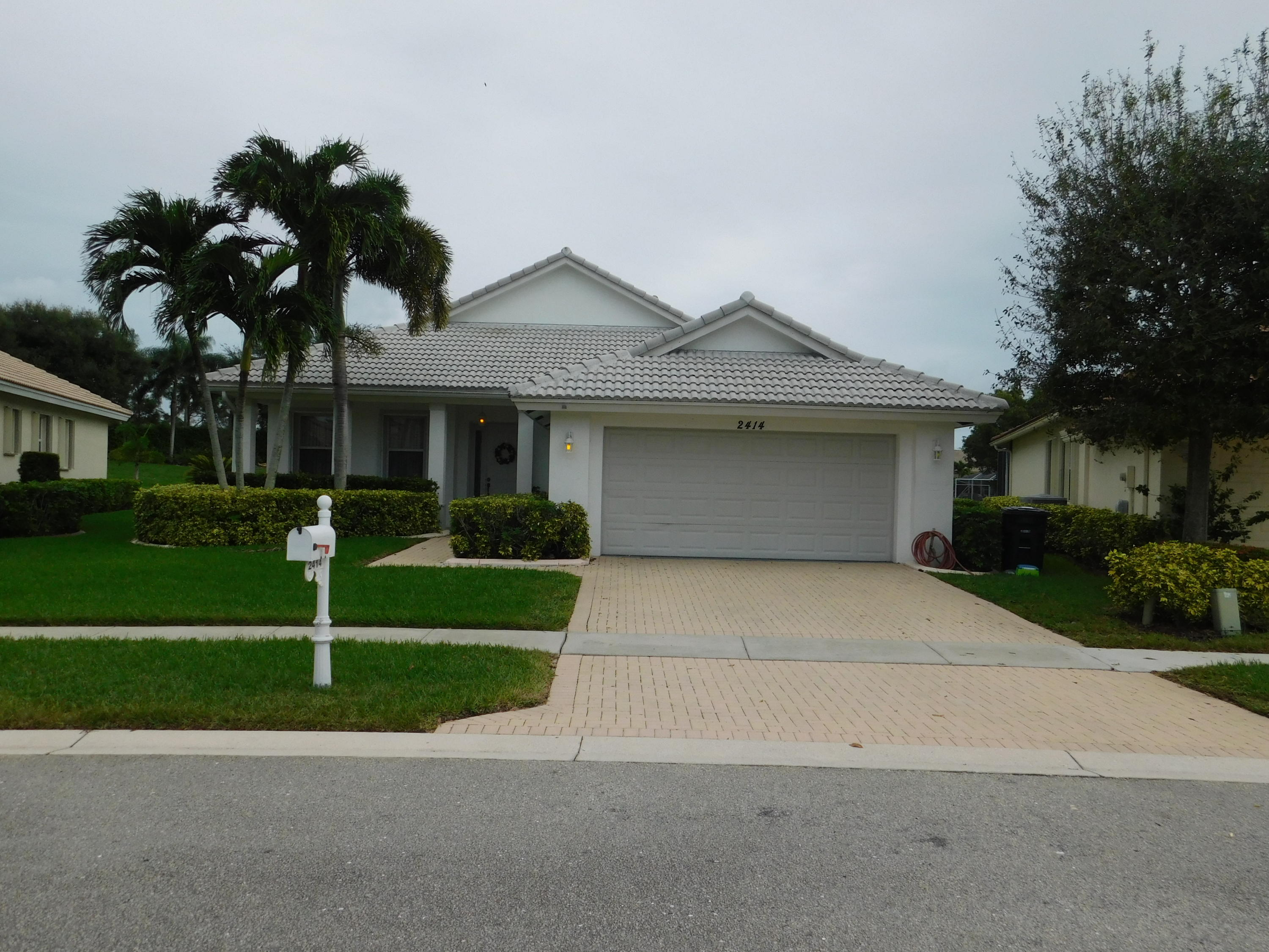Home for sale in BAYWINDS RPD 11 West Palm Beach Florida