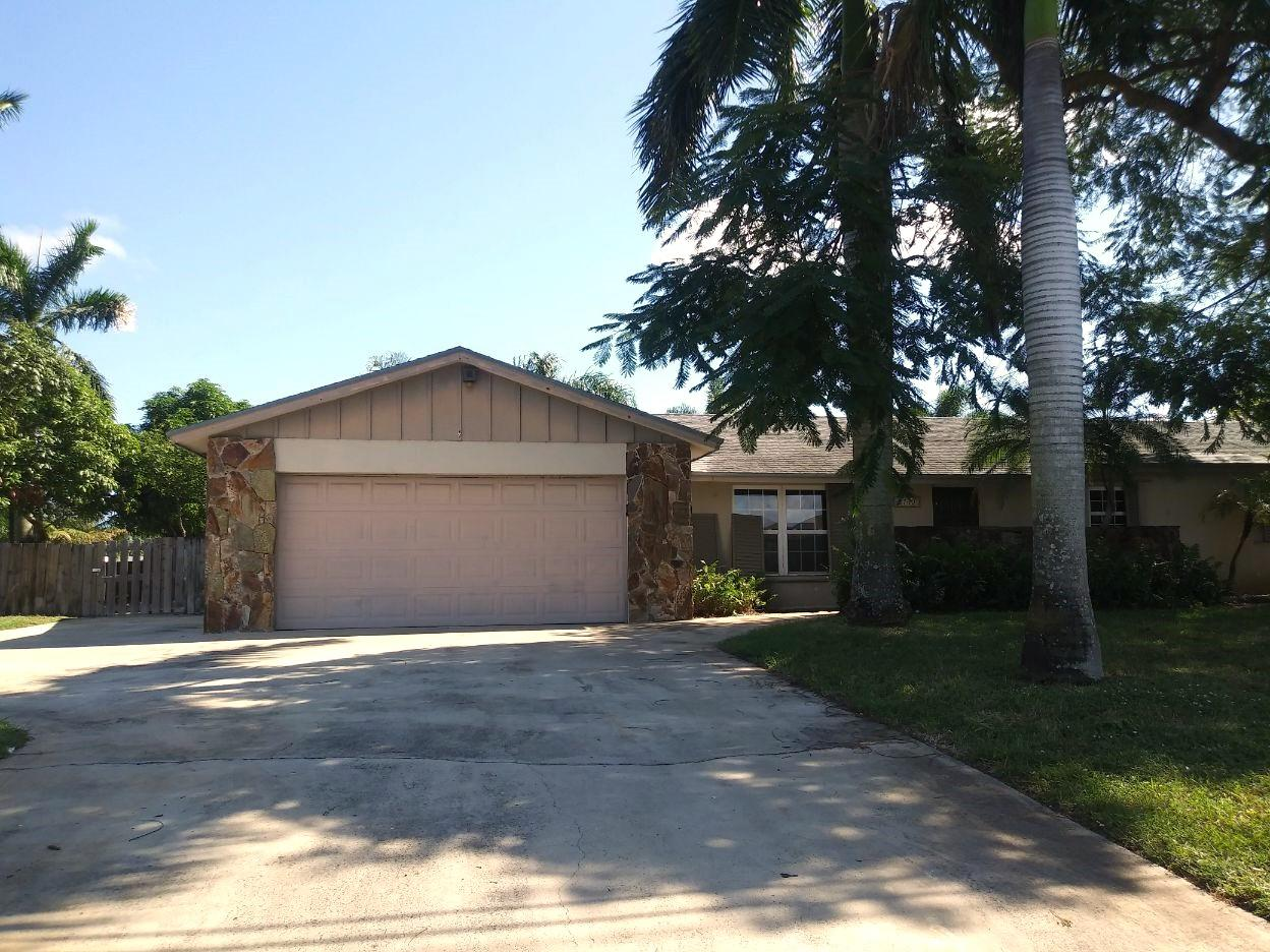 2760 SW 11th Street  Boynton Beach, FL 33426