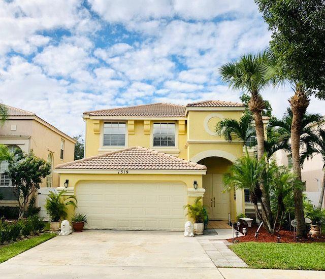 1319 Isleworth Court Royal Palm Beach, FL 33411