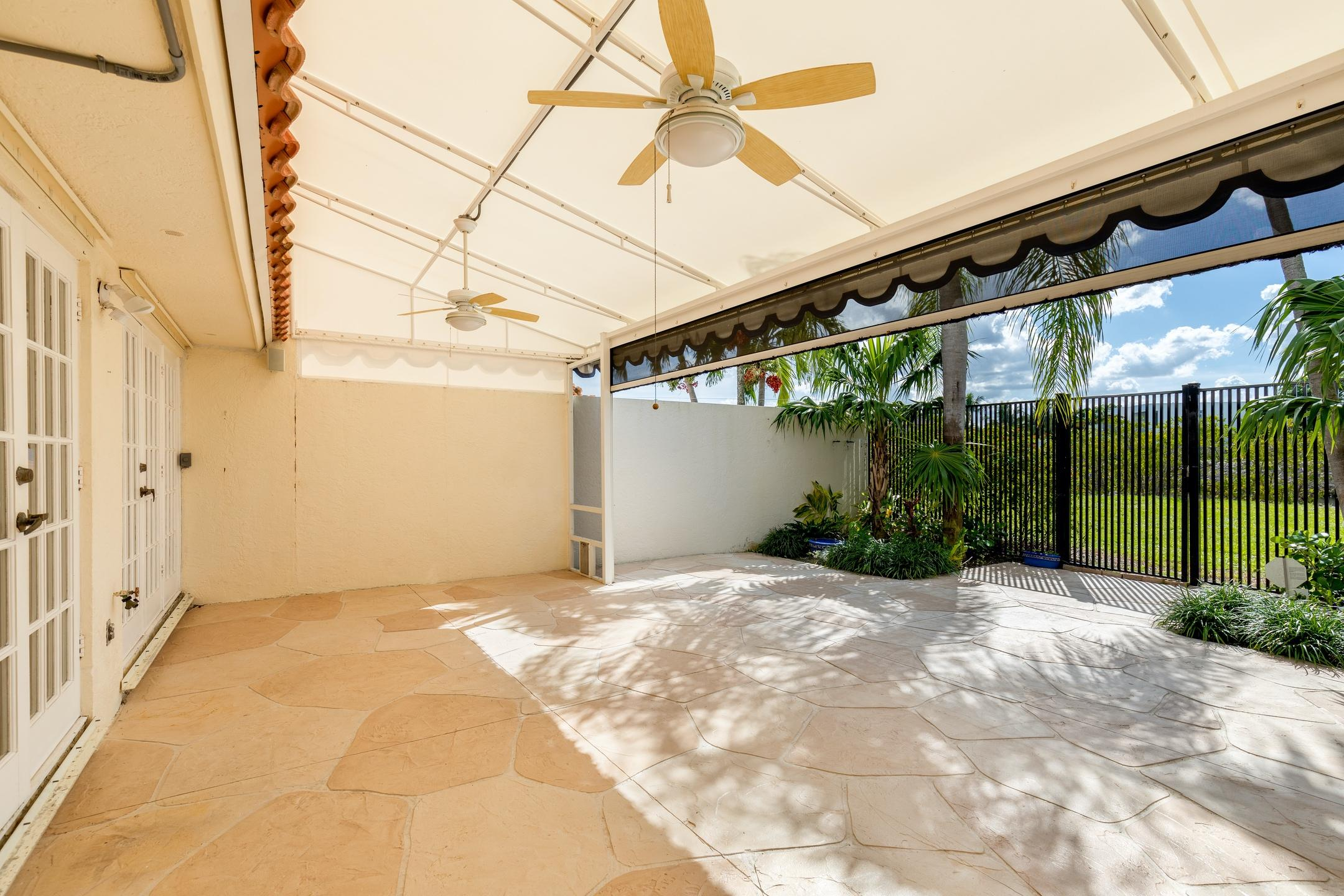 126 Harbor Circle Delray Beach, FL 33483 photo 22