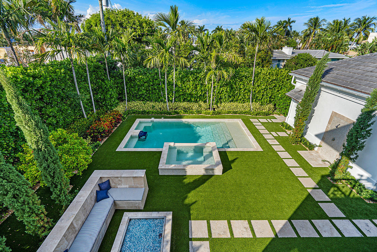 1041  Seaspray Avenue , Delray Beach FL 33483 is listed for sale as MLS Listing RX-10580751 photo #30