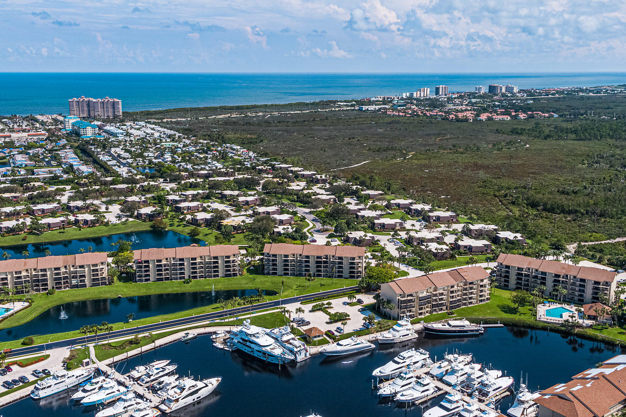 BLUFFS MARINA HOMES FOR SALE