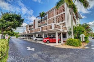 Palm Royal Apts Inc Condo