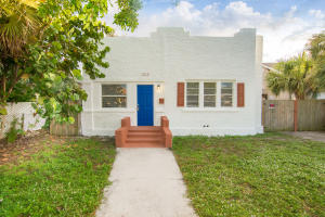 1012  14th Street  For Sale 10579153, FL