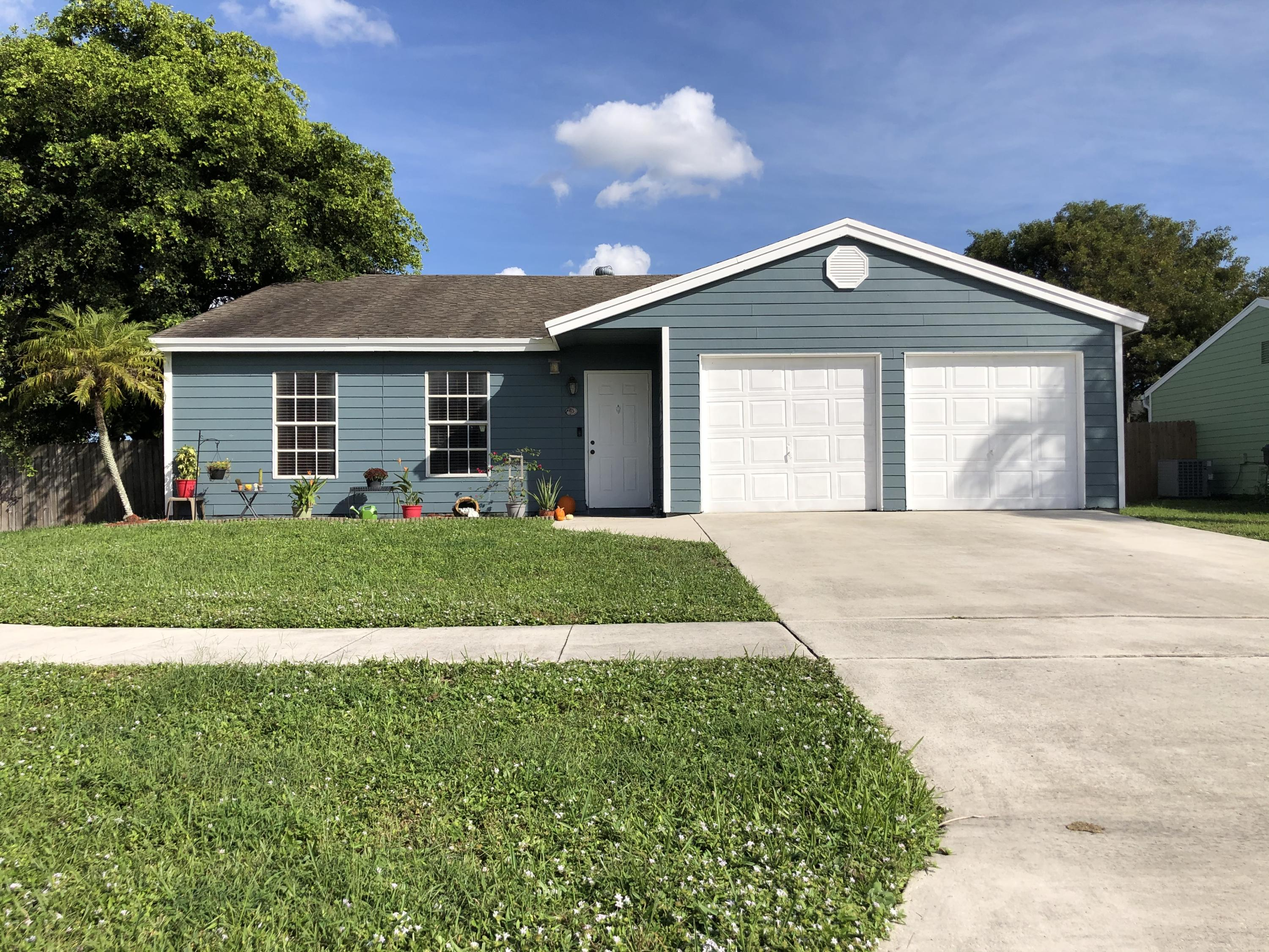 Home for sale in Country Lakes West on Bentbrook Blvd (right after CountryWood going west on Lantana.) Lake Worth Florida