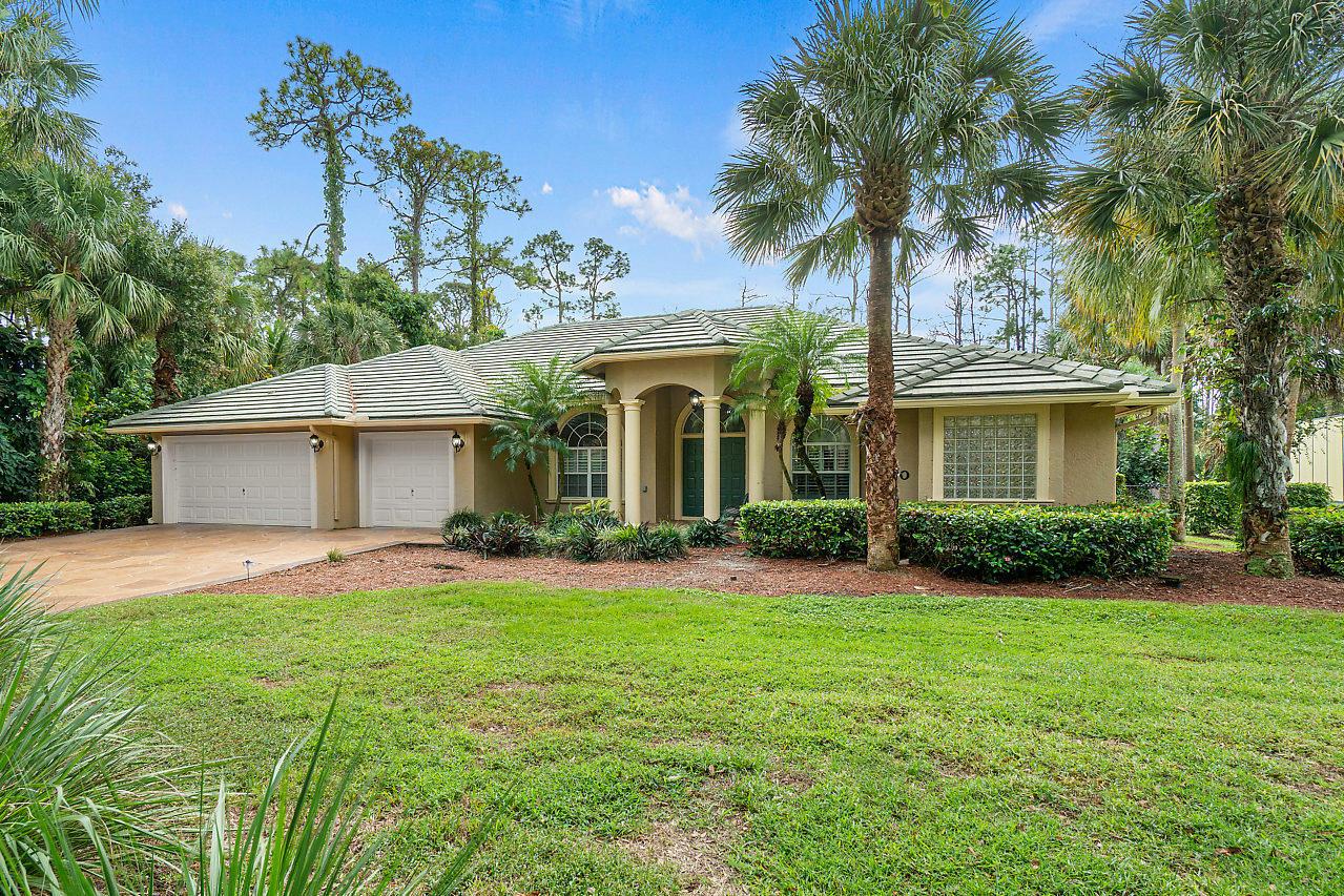 8330 Whispering Oak Way  West Palm Beach FL 33411