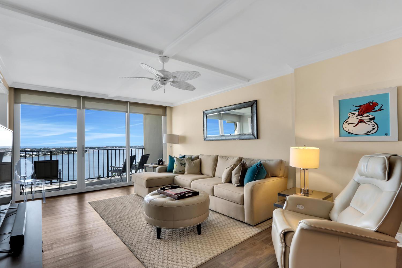 1701 Flagler Drive, West Palm Beach, Florida 33401, 1 Bedroom Bedrooms, ,1 BathroomBathrooms,Residential,For Sale,Flagler,RX-10579405