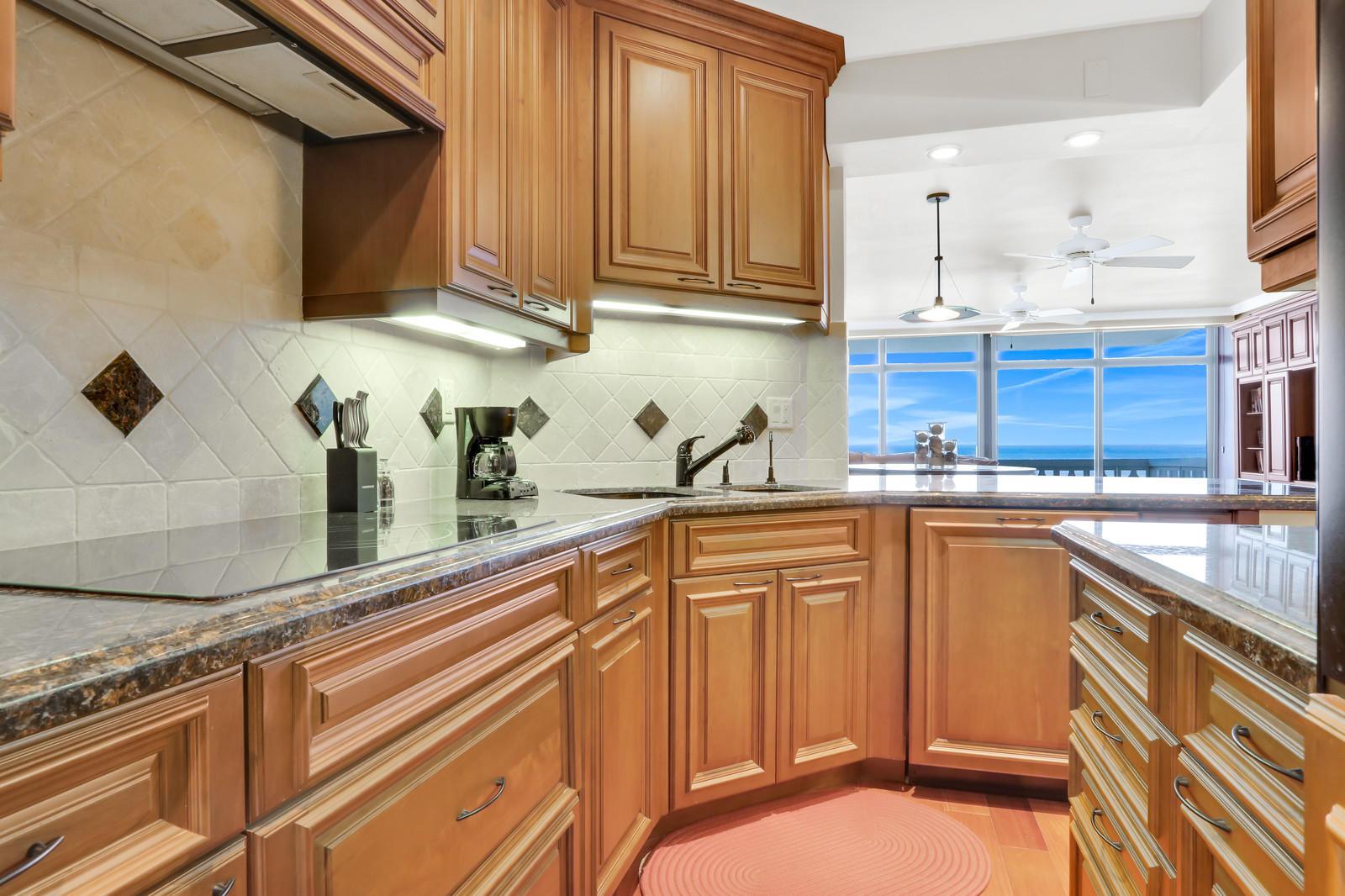 1225 S Ocean Boulevard 1003 Delray Beach, FL 33483 photo 13