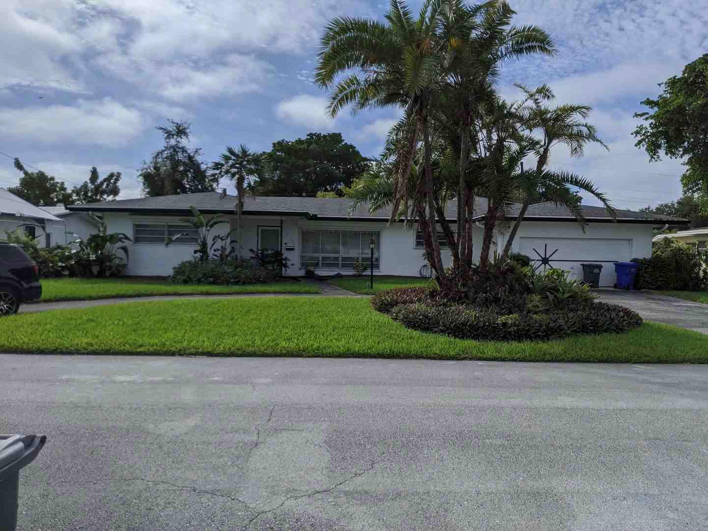 Home for sale in CENTRAL GOLF SEC OF HOLLYWOOD Hollywood Florida