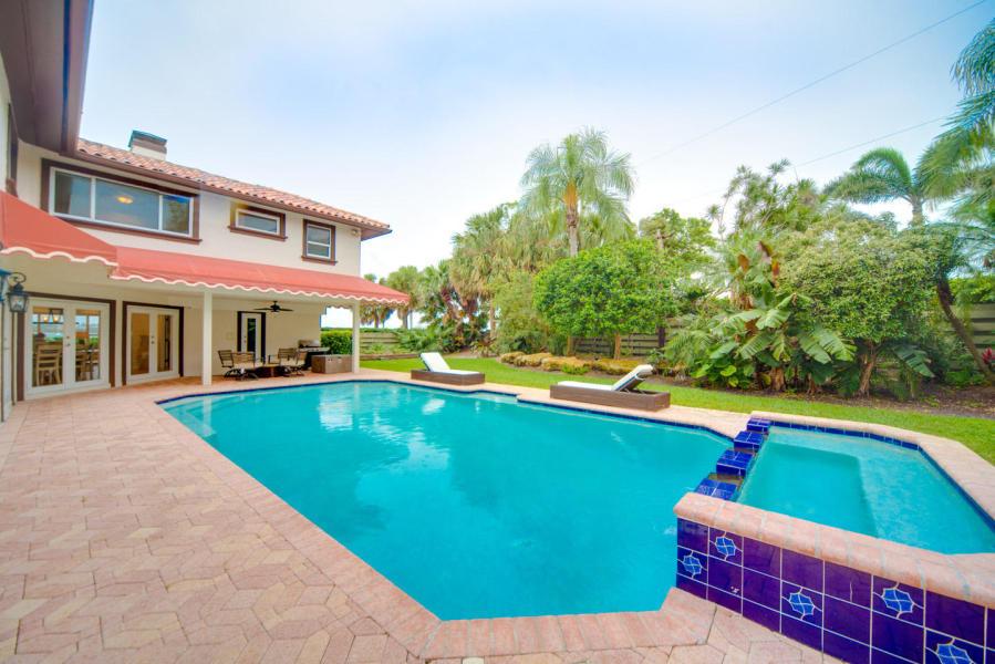 108 Bloomfield Drive West Palm Beach, FL 33405 photo 7