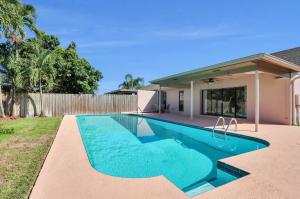11960  Suellen Circle  For Sale 10579378, FL
