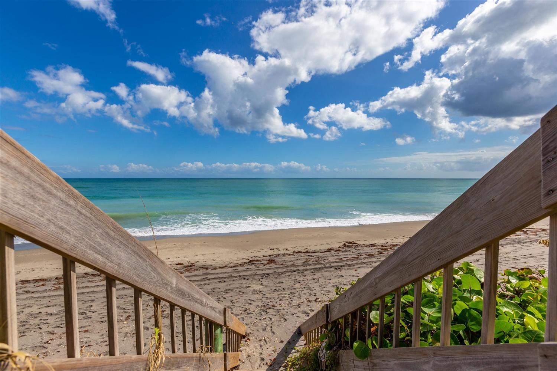 Photo of 19900 Beach Road #203, Jupiter, FL 33469