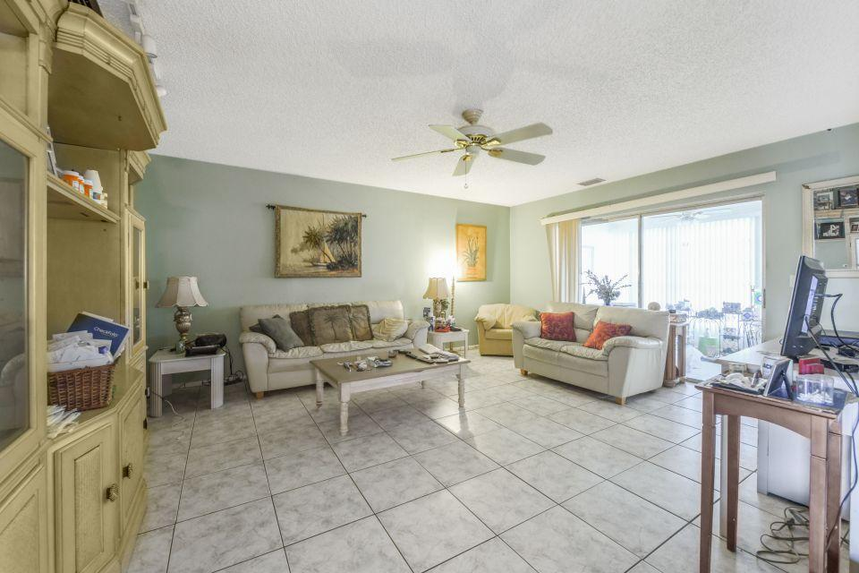 145 Lake Gloria Drive West Palm Beach, FL 33411 photo 3