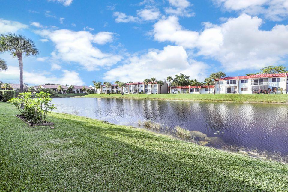 145 Lake Gloria Drive West Palm Beach, FL 33411 photo 13