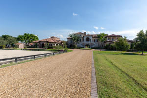 3430  Santa Barbara Drive , Wellington FL 33414 is listed for sale as MLS Listing RX-10580739 photo #4