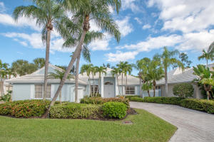 Property for sale at 9131 Baybury Lane, West Palm Beach,  Florida 33411