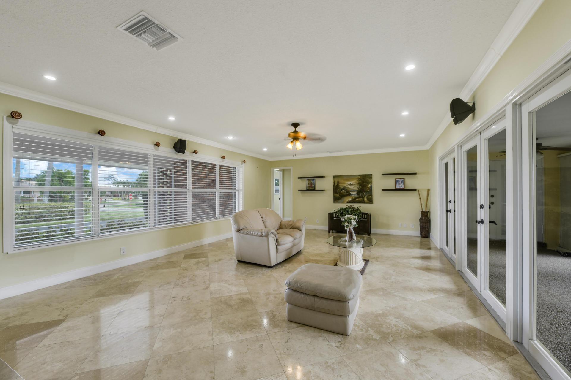 253 Walton Heath Drive Atlantis, FL 33462 photo 5