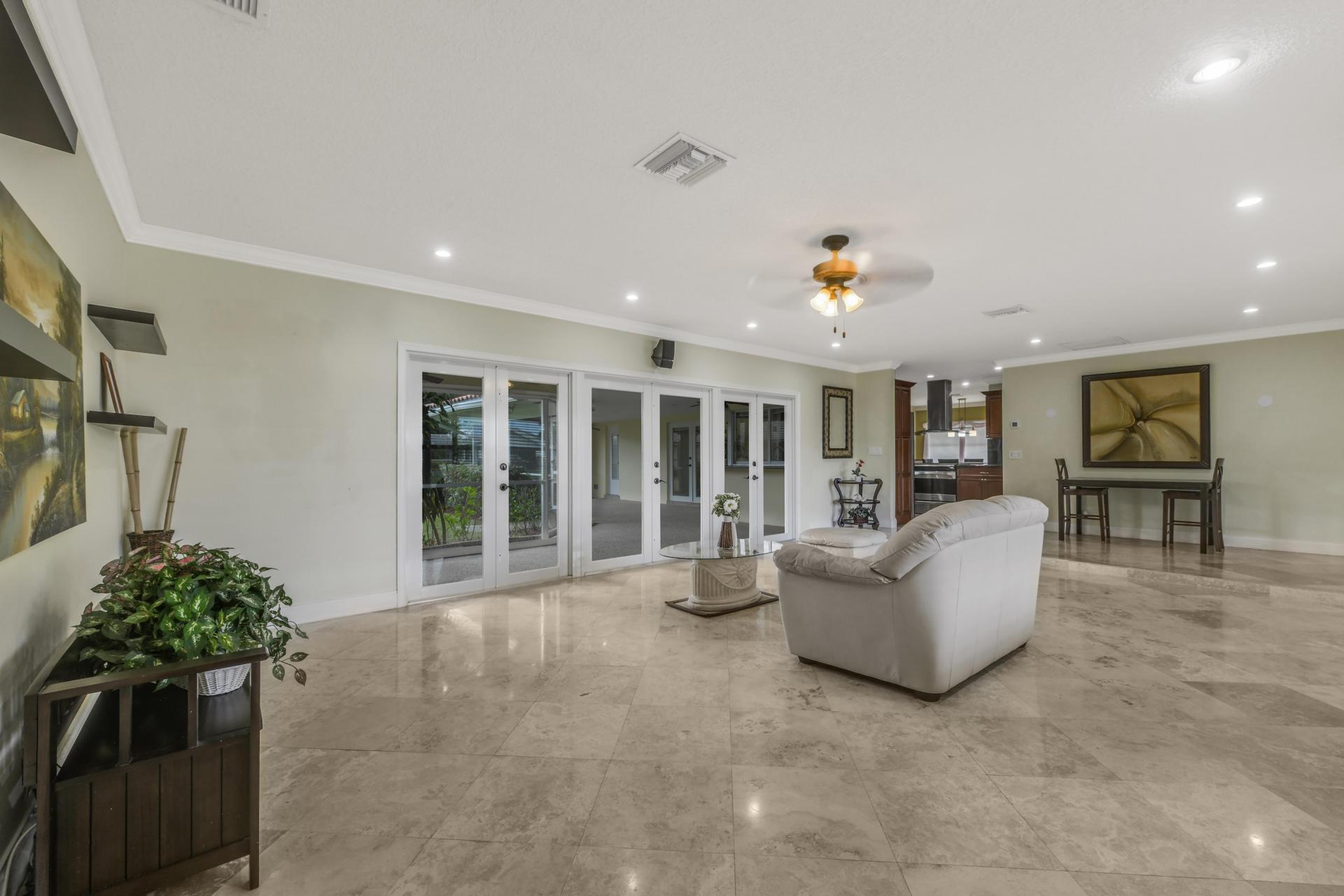 253 Walton Heath Drive Atlantis, FL 33462 photo 6