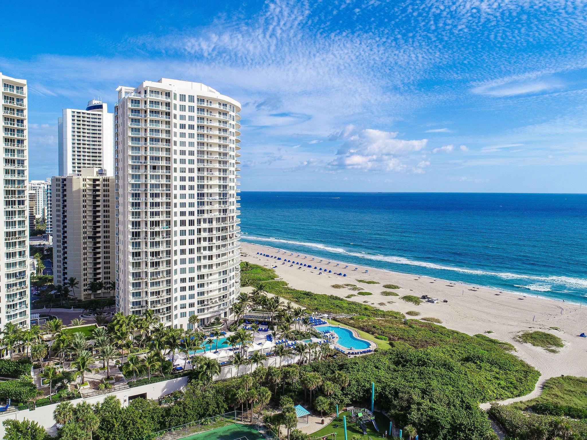 2700 N Ocean Drive 302a  Singer Island FL 33404