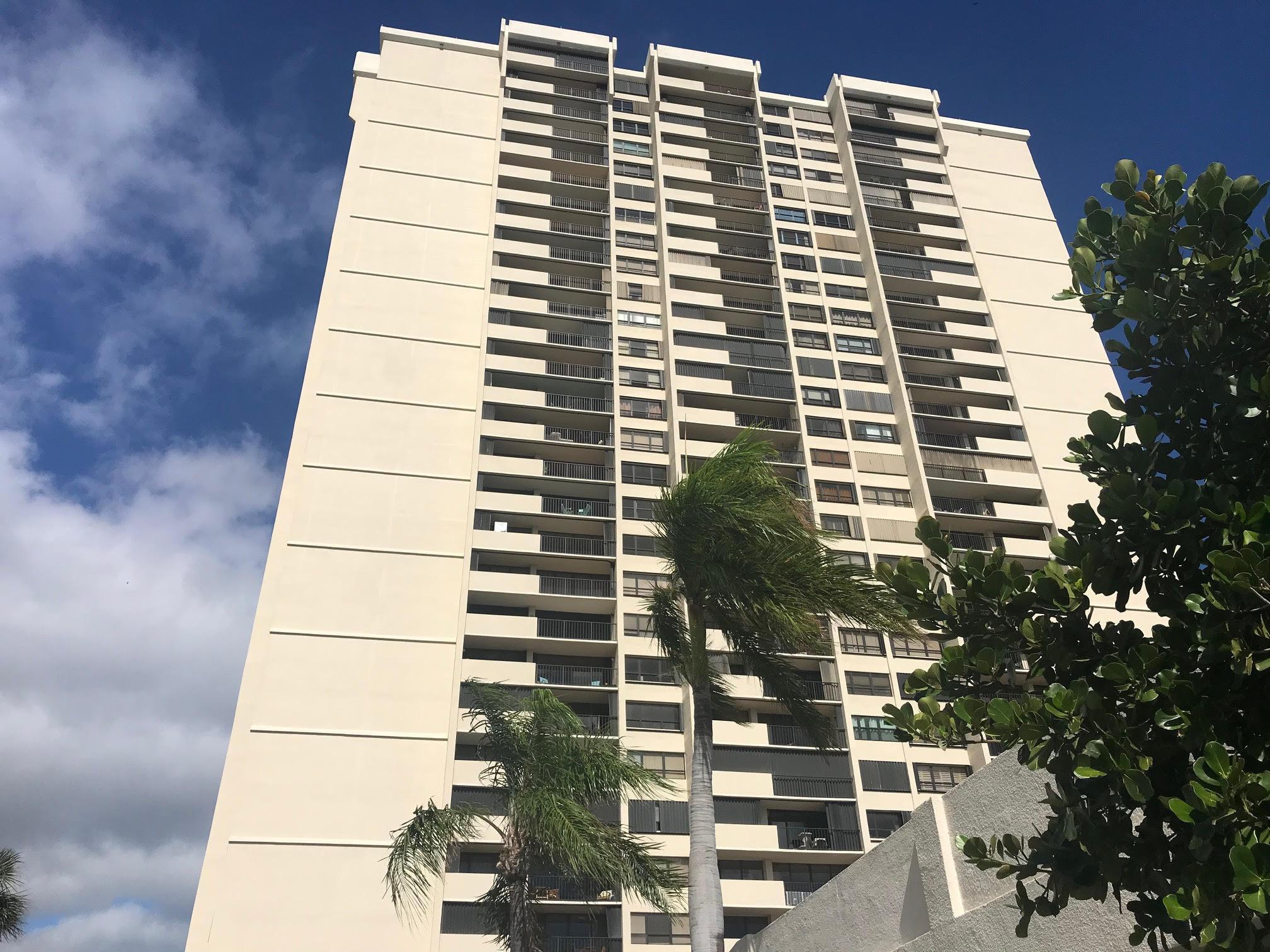5600 N Flagler Drive 1201  West Palm Beach, FL 33407