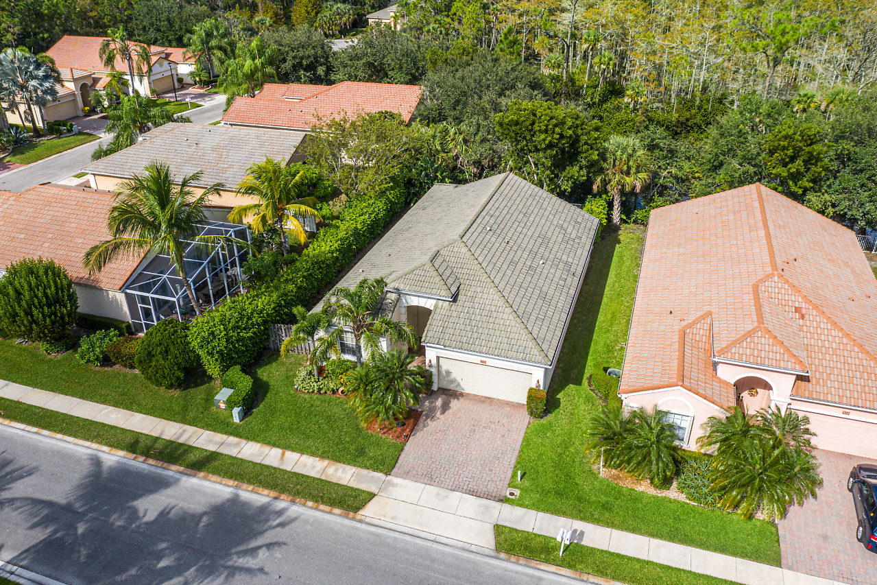 6602 N San Andros West Palm Beach, FL 33411
