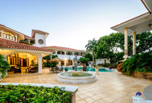 10  Barranca Este  ,  FL 22000 is listed for sale as MLS Listing RX-10580753 photo #1