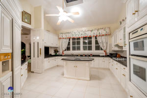 10  Barranca Este  ,  FL 22000 is listed for sale as MLS Listing RX-10580753 photo #23