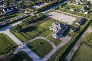 2121  Gray Mare Way  For Sale 10580807, FL