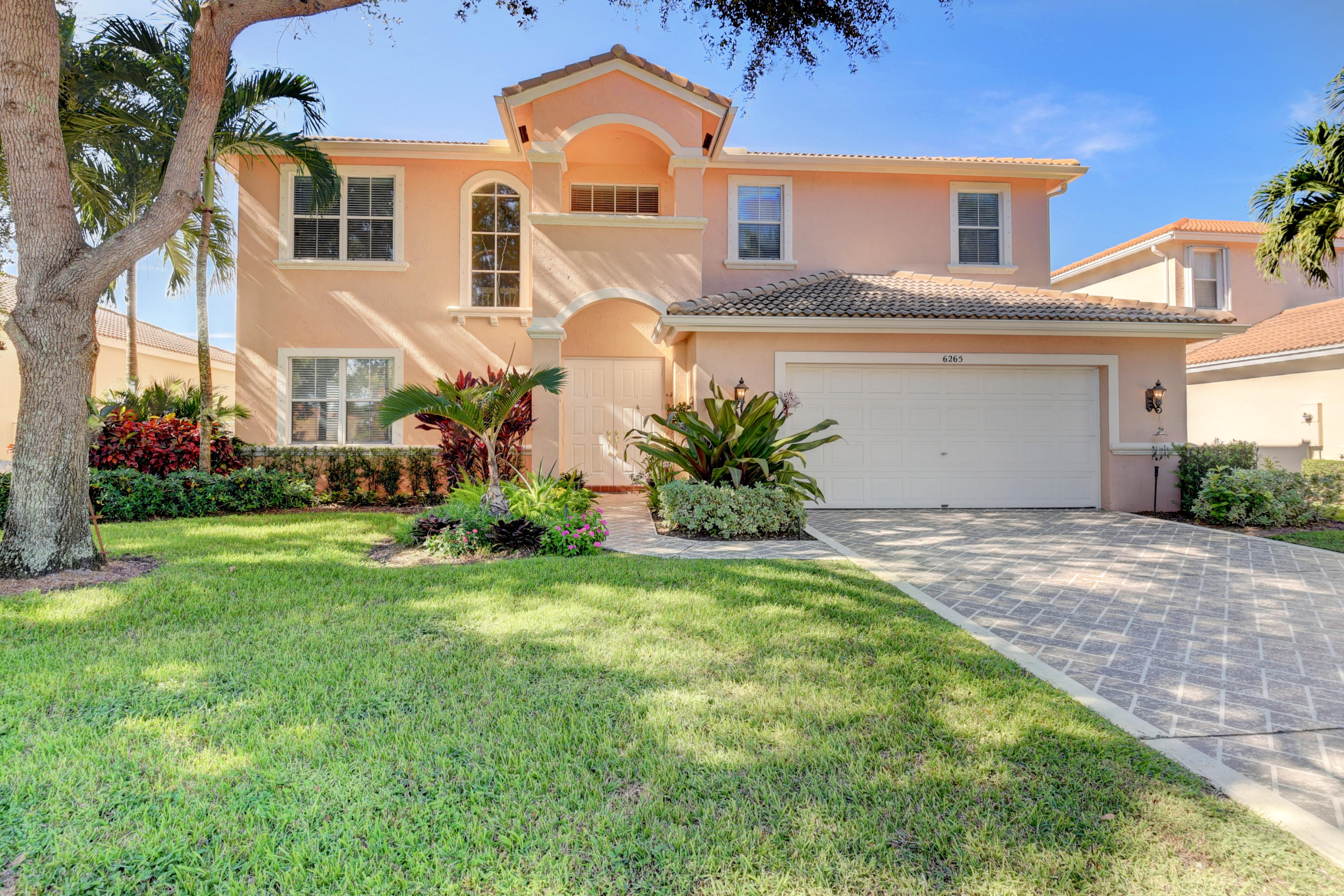 6265 Indian Forest Circle Lake Worth, FL 33463