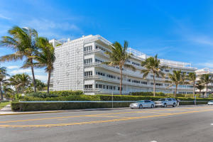 300 S Ocean Boulevard 2d, Palm Beach FL 33480 is listed for sale as MLS Listing RX-10581358 photo #2