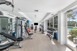 300 S Ocean Boulevard 2d, Palm Beach FL 33480 is listed for sale as MLS Listing RX-10581358 photo #7
