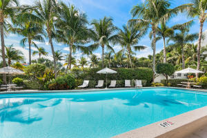 300 S Ocean Boulevard 2d, Palm Beach FL 33480 is listed for sale as MLS Listing RX-10581358 photo #9