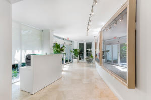 300 S Ocean Boulevard 2d, Palm Beach FL 33480 is listed for sale as MLS Listing RX-10581358 photo #11