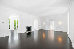 100  Regents Park Road , Palm Beach FL 33480 is listed for sale as MLS Listing RX-10581172 photo #4